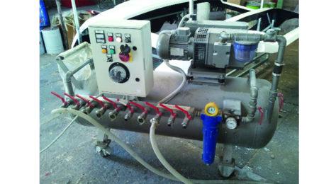 Una pompa per il vuoto per realizzare l'infusione